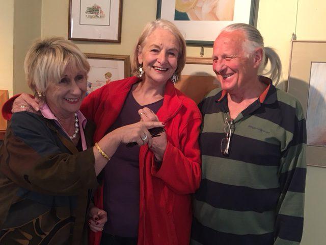 Libby Hathorn with Margaret Hamilton